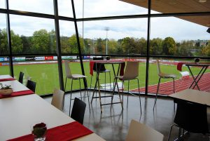 Blick vom Stumpp-Business-Club aufs Spielfeld.